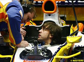 fernando-in-his-renooo.jpg