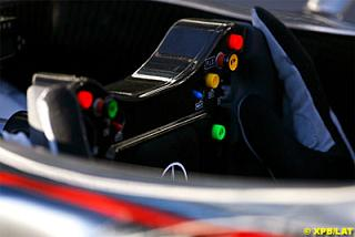 macca-steering-wheel.jpg